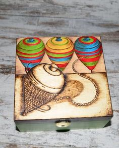 Caja de madera! Dibujo peonza! Modelo original y exclusivo! http://mujeresconarte.com/307-decoracion-hogar