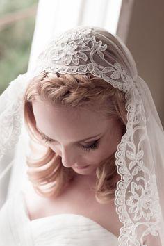 Alencon Lace Juliet Cap Wedding Veil