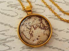 Edle Halskette in gold mit Weltkarte Welt von Schmucktruhe auf Etsy, €18.50