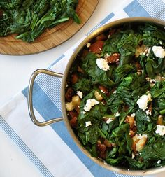 spinach with feta and croutons