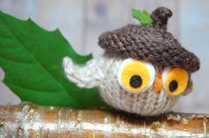 Owl Ornament Toy - Knit Waldorf Owl in Acorn Hat Beret - Natural Fibers - Autumn Fall Decoration