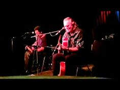 ▶ Hans Theessink & Terry Evans - How Come People Act Like That - YouTube
