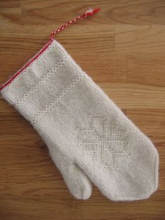 Knitted Mittens Pattern, Knit Mittens, Knitting Socks, Mitten Gloves, Knitting Patterns Free, Free Knitting, Knit Socks, Diy Crafts Knitting, Knitting Projects
