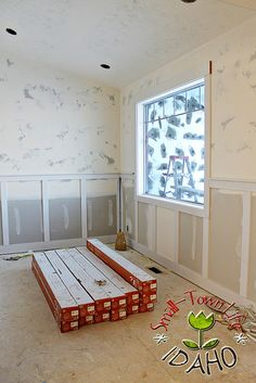 Inexpensive Board and Batten Wainscot How To – Remodelaholic
