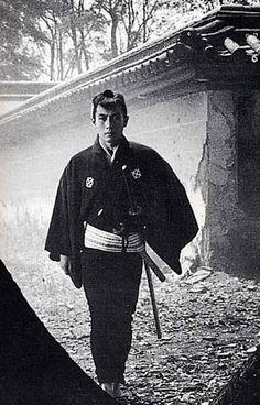 市川雷蔵 Raizo Ichikawa