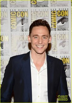 Tom Hiddleston Attends 'Thor' Comic-Con Panel as Loki! | tom hiddleston attends thor comic con panel as loki 02 - Photo
