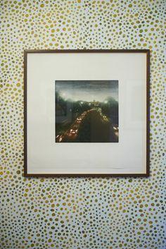 Kunst på tapetet.  Håndtrykt LLZ TAPET BOBLER Fra udstillingen i Galleri5000 2014