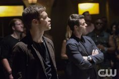 """The Originals -- """"Bloodletting"""" -- Image Number: OR107b_0206.jpg -- Pictured (L-R): Joseph Morgan as Klaus and Daniel Gillies as Elijah -- Photo: Bob Mahoney/The CW -- © 2013 The CW Network, LLC. All rights reserved"""