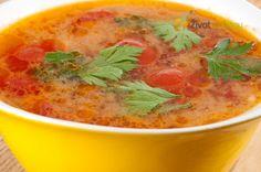 Minutková polévka z červené čočky a cherry rajčátek