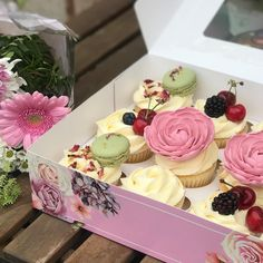 Last minute Pretty cupcakes made for a special friend on her birthday 💞 I decided to stick to a pretty theme by adding edible sugar… Eid Food, Pretty Cupcakes, Sugar, Birthday, Desserts, Tailgate Desserts, Birthdays, Deserts, Postres