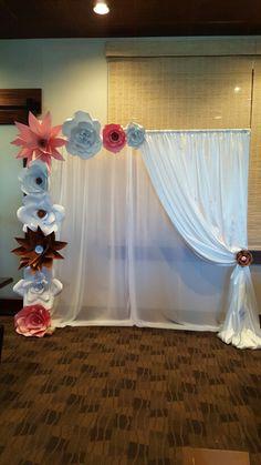 Paper Flower Backdrop  UpliftingSurprise@gmail.com  https://m.facebook.com/profile.php?id=1642158762737688