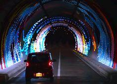 愛媛県今治市の北東、伯方島のしまなみ海道伯方インターに近い『宝股山トンネル』(全長990m)に、…
