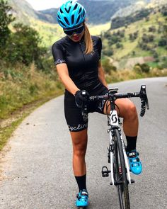 "969 mentions J'aime, 10 commentaires - Nadia Alexandra C (@nanitacarreno) sur Instagram : ""Maravilloso fin de semana de #encuentrokafitt... momentos que inspiran ! Gracias mil @kafitt_sport…"""