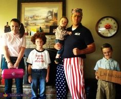 This family costume is freakin' sweet