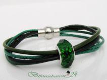 Lederarmband, Farbe grün mit Glasperle