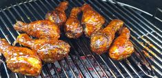 Poulet BBQ sauce au sirop de bouleau - Recette ⚜ Sauce, Tandoori Chicken, Bbq, Ethnic Recipes, Food, Thighs, Meal, Barbecue, Barrel Smoker