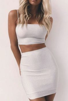 5 new outfits you must own this year- 5 neue Outfits, die Sie dieses Jahr besitzen müssen 5 new outfits you must own this year - Club Outfits For Women, Trendy Outfits, Fashion Outfits, Clothes For Women, Cute Clubbing Outfits, Classy Outfits, Summer Club Outfits, Cute Party Outfits, Bar Outfits