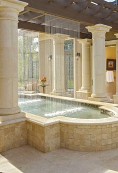 What a bath & shower combination design!
