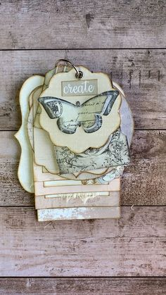 Adorable printable tag flip kit from My Porch Prints. videos tags Tag Flip Printable Kit from My Porch Prints Scrapbook Journal, Mini Scrapbook Albums, Travel Scrapbook, Vintage Scrapbook, Diy Scrapbook, Junk Journal, Handmade Gift Tags, Handmade Books, Handmade Notebook