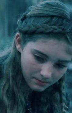 Everyone says I look like prim, you can see a pic of me as my profile picture. Comment