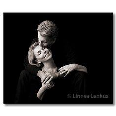 Photo by Lennea Lenkus Fine Art Portrait Studios... http://www.linnealenkus.com/couples1.html