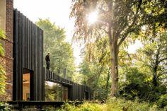 Casa de Madera Negra - Marchi Architects | ARQUIGRAFIA