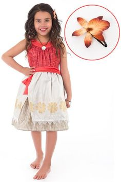 Your girl will be comfortable in our washable, glitter free Moana Polynesian Princess Costume all day. Ideal for pretend play, Halloween or Disney trip! Moana Birthday Party, Moana Party, Luau Party, Girl Birthday, Birthday Ideas, Moana Theme, Tiki Party, Birthday Parties, Princess Dress Up