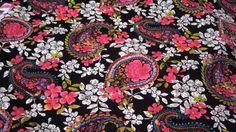 Stoff♥Paisley-Blumen ♥ ein Traum       Wunderschöner Stoff für deine kreative Zeit ob Taschen, Kleidung oder oder    *wenn mehr Meter benötig werde...