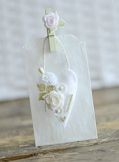 Bag by Ivana ♥♡♥ Shabby, Card Tags, Gift Tags, Handmade Tags, Heart Crafts, Paper Tags, Crafts For Girls, Felt Hearts, Pretty Cards
