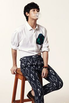 Kim Soo Hyun. From Homepage Gallery
