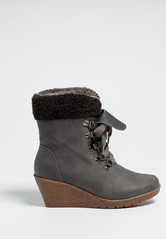 helene wedge bootie