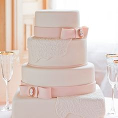 Luxury wedding cakes from GC Couture
