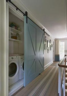 Te mostramos 21 imágenes con puertas correderas. No solo son bonitas, sino que ahorran muchísimo espacio.