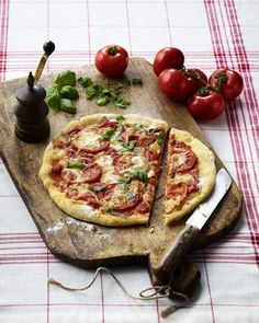 Gutes kann so einfach sein: So backt man Pizza Margherita
