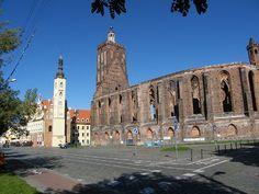Kirchenruine Gubin    http://guben-online.de/portal/tourismus/ausflugsziele/kirchen/stadt-und-hauptkirche-gubin/
