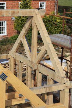 Framing Construction, Shed Construction, Backyard Pergola, Diy Gazebo, Cordwood Homes, Roof Truss Design, Oak Framed Buildings, Timber Architecture, Woodland House