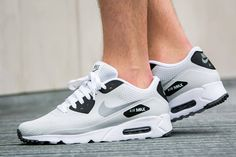 Nike Air Max 90 Ultra Essential Pure Platinum #sneakernews #Sneakers #StreetStyle #Kicks