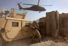 Image detail for -afghanistan war photo | one big photo Fun Army, War Photography, Documentary Photography, Pakistan, Afghanistan War, Military Pictures, Troops, Soldiers, American War