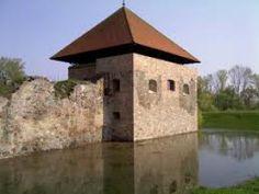 Ónodi vár Hungary, Castles, Outdoor Decor, Photos, House, Pictures, Chateaus, Home, Homes