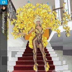 Miss Venezuela ( Mardi Gras Costumes, Burlesque Costumes, Dance Costumes, Carnival Outfits, Carnival Costumes, Fantasia She Ra, Carnival Inspiration, Samba Costume, Flower Costume