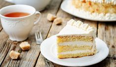 This scratch butter cake gets a rich mellow flavor boost from vanilla infused cognac. Sour cream adds a touch of tangy balance and luscious moist texture. Modeling Chocolate Recipes, Wasc Cake Recipe, Flower Pot Cake, Horlicks, Bolo Minnie, Cake Recipes, Dessert Recipes, Sour Cream Cake, Garden Cakes