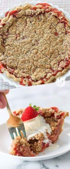 Strawberry Rhubarb Crumble Pie - strawberry dessert recipe pie / summer dessert recipe
