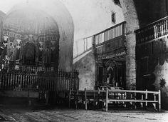 Interior de l'església de Santa Maria d'Àneu, 1916. Absis de Santa Maria d'Àneu | Museu Nacional d'Art de Catalunya Romanesque, Romans, Street View, Painting, Art, Saints, National Museum, Pintura, Art Background
