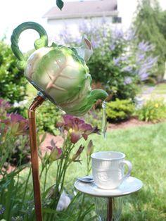 9+Crafty+Ways+To+Repurpose+Teacups  - CountryLiving.com