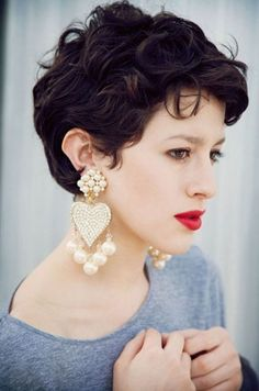 The best collection of Great Curly Pixie Hair, Pixie cuts, Latest and short curly pixie haircuts, Curly pixie cuts pixie hair Short Curly Pixie, Thin Curly Hair, Curly Pixie Cuts, Thin Hair Cuts, Curly Hair Styles, Pixie Bangs, Wavy Pixie Haircut, Kinky Hair, Undercut Pixie