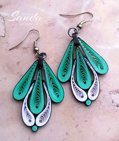 Quiled paper earrings by Sanda Dragotă