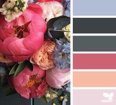 { flora dream } image via: @fairynuffflowers
