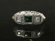 Marked of weights Size Genuine Princess cut Emerald 4 x and Genuine Round cut Diamonds of carat weights in very good vintage condition Princess Rings, Princess Cut, Art Deco, Art Nouveau, Emerald Diamond, Round Cut Diamond, Engagement Ring Sizes, Diamond Engagement Rings, 1920s