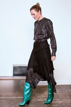 See the complete Isabel Marant Pre-Fall 2016 collection.