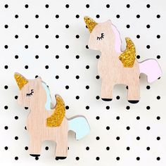 Some pastel glittery unicorn wall hook goodness for your Wednesday evening!@the_wall_collective #miniproductlove